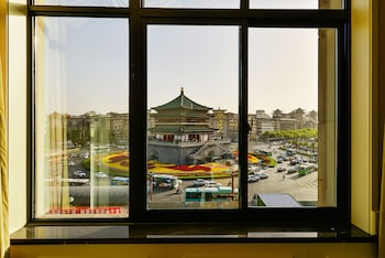 A(z) Center Hotel Xi'an Bell Tower hotel fényképe itt: Xi'an