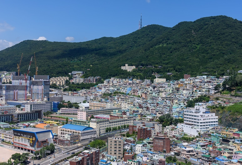 Avani Central Busan, Busan, Deluxe Twin Room, Mountain View (Avani), Guest Room