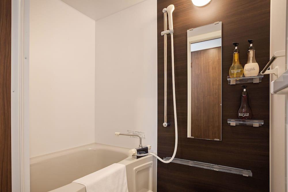 Номер с 2 односпальными кроватями (Large) - Ванная комната