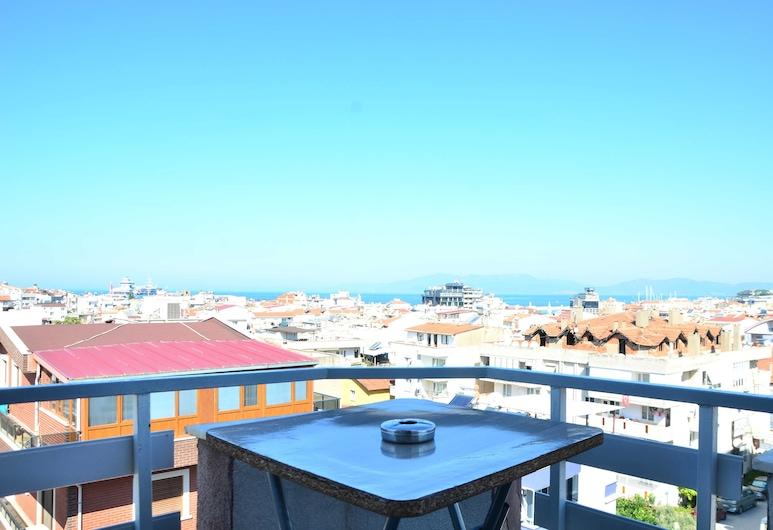 Hikmethan Otel, Kuşadası, Economy Üç Kişilik Oda, Balkon