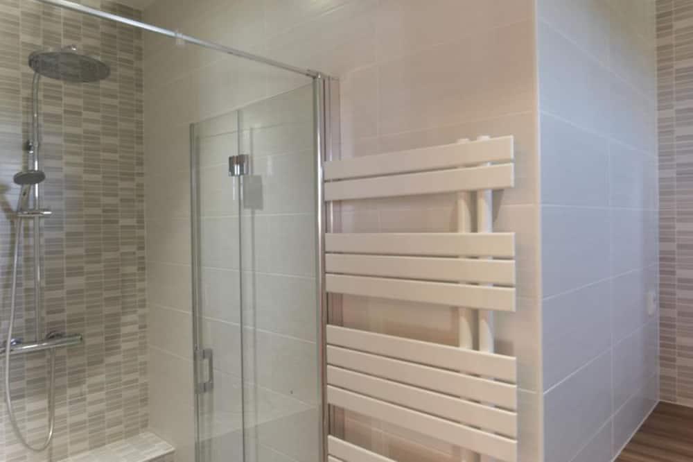 Δωμάτιο, Ισόγειο - Μπάνιο
