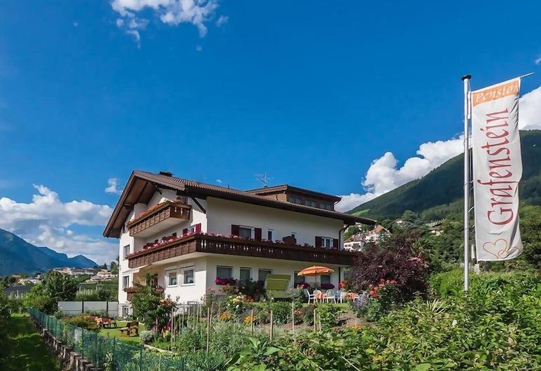 Guesthouse Pension Grafenstein, Merano
