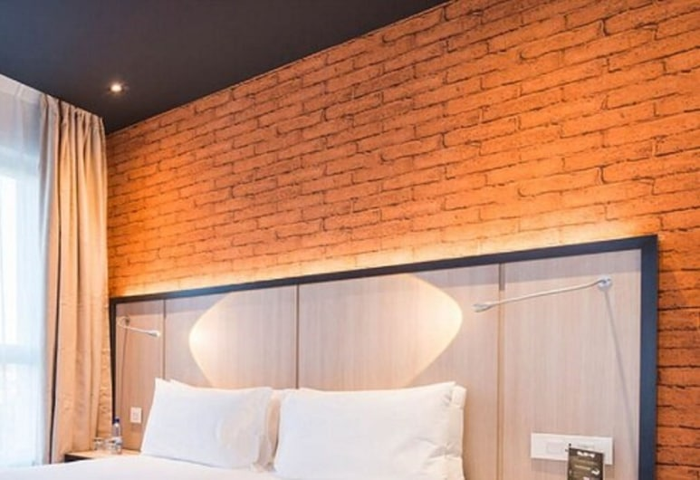 Onomo Hotel Tanger Med, מלוסה, סוויטה, מיטת קווין, ללא עישון (ONOMO), חדר אורחים