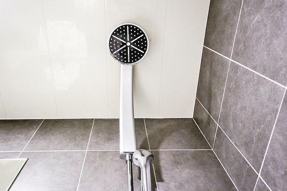 尊榮雙人房 - 浴室淋浴