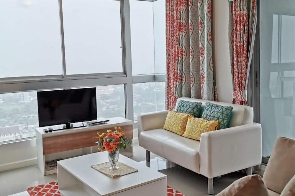 4-Bedroom Suite - Living Area