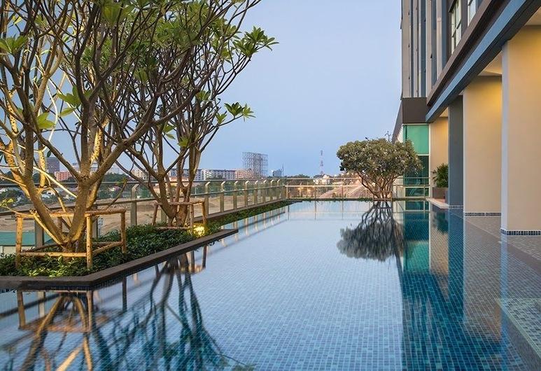 華欣天空套房 - 帕松內塔精選酒店, Hua Hin, 室外泳池