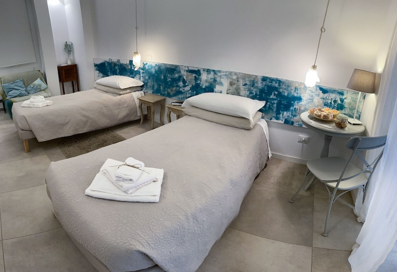 Tempo Lento, Rome, Double or Twin Room, Private Bathroom (4), Guest Room
