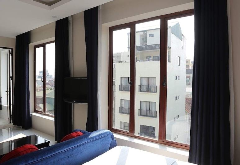 Green Mango Apartment and Hotel, Hanoi, Apartament typu Suite, widok na jezioro, Widok z pokoju