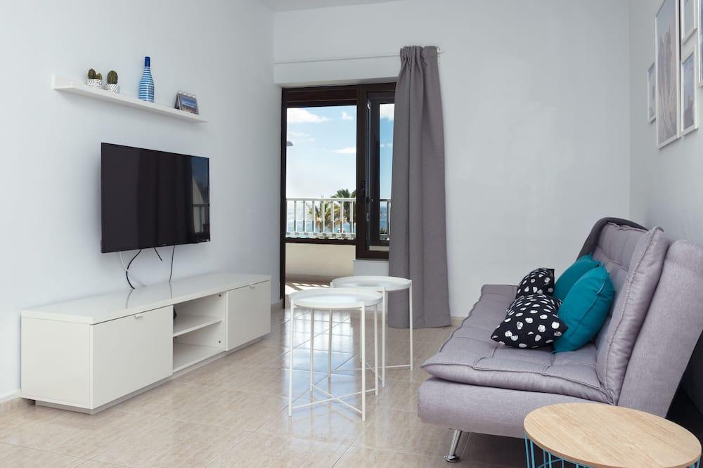דירה, 2 חדרי שינה, טרסה, נוף לים - סלון