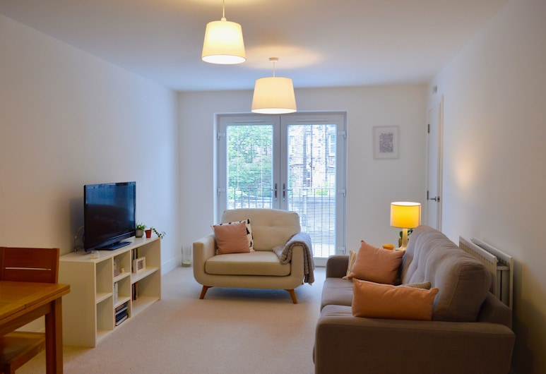 Boutique Flat off Leith Walk With Free Parking, Edinburgh