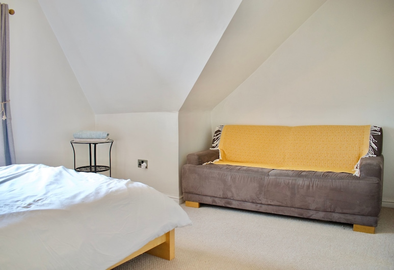 Modern And Charming 2 Bedroom Old Town Apartment, Edinburgh, Tuba