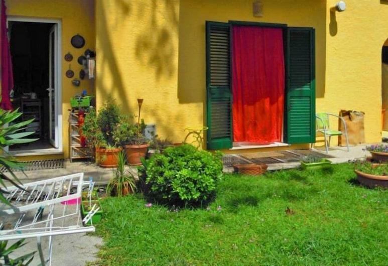 Casa Nanie B&B, Ischia, Vchod do hotela