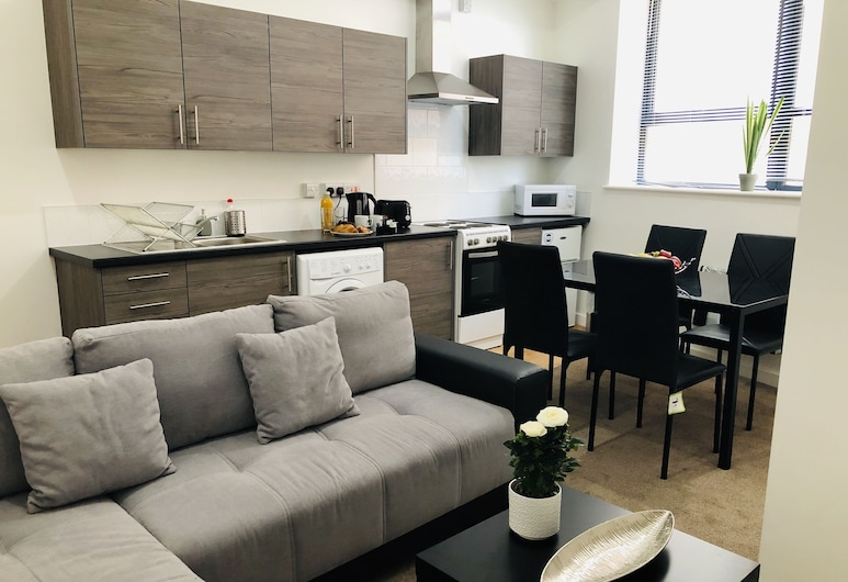 Showcase Apartments - Highcross House Apart Hotel, Leicester, Deluxe Apartment, Private Bathroom (2BED-D/2S/SF-6PPL), Lounge