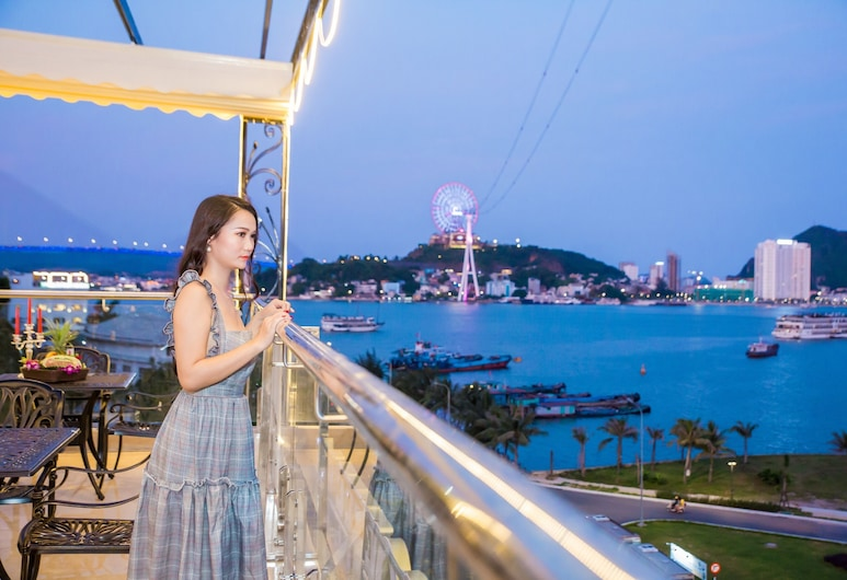 Vincent Halong Hotel, Ha Long, Restaurang utomhus