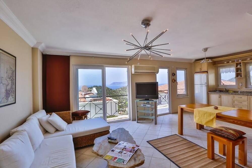 Apartamentai su pagrindiniais patogumais, 2 miegamieji, vaizdas į jūrą - Pagrindinė nuotrauka
