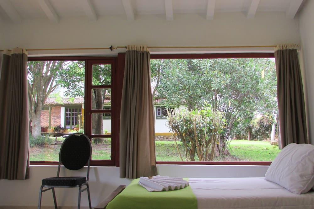 Familie cottage, Meerdere bedden, keuken, uitzicht op tuin - Kamer