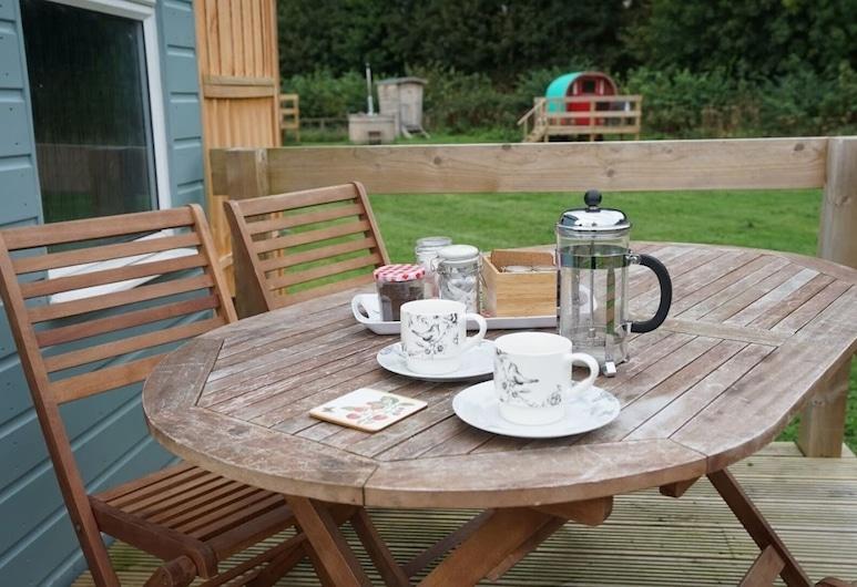 Shepherd's Hut @ Westcote, Hawick