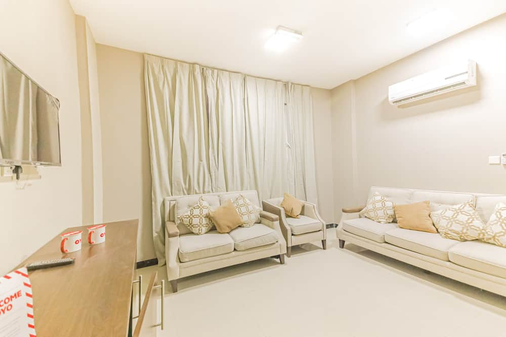 Deluxe Two Bedroom Apartment - Wohnzimmer