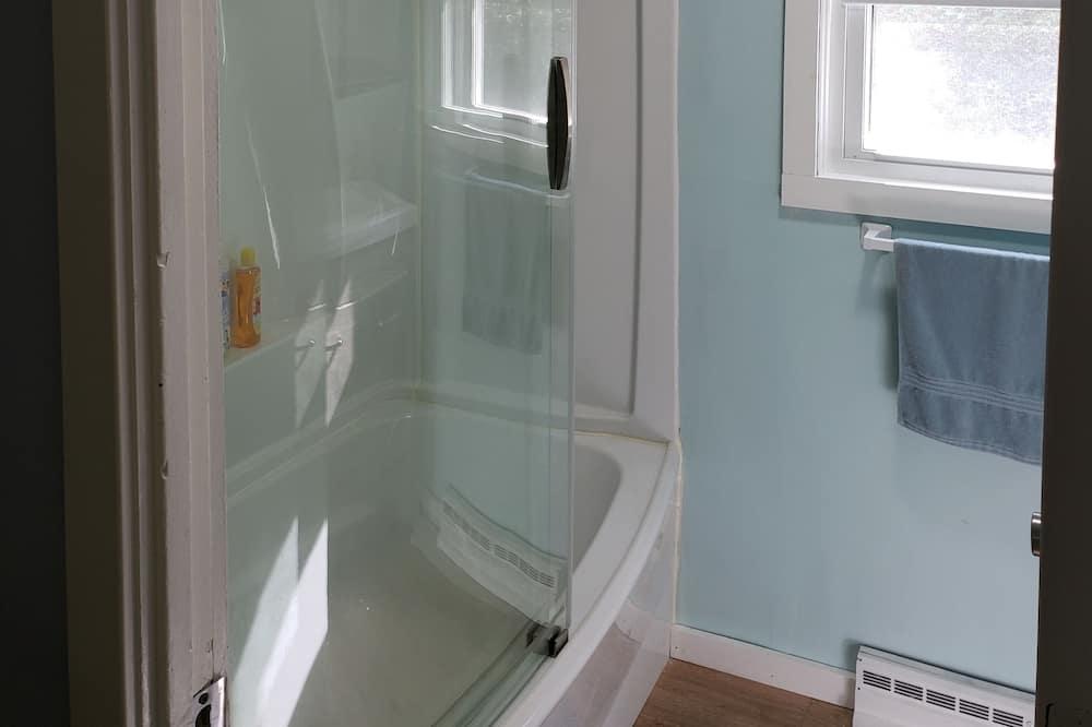 Rumah Keluarga - Kamar mandi