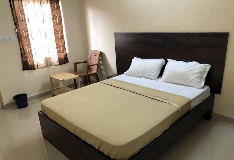 Veekay Lodge, Bengaluru, Luxury Room, Living Area
