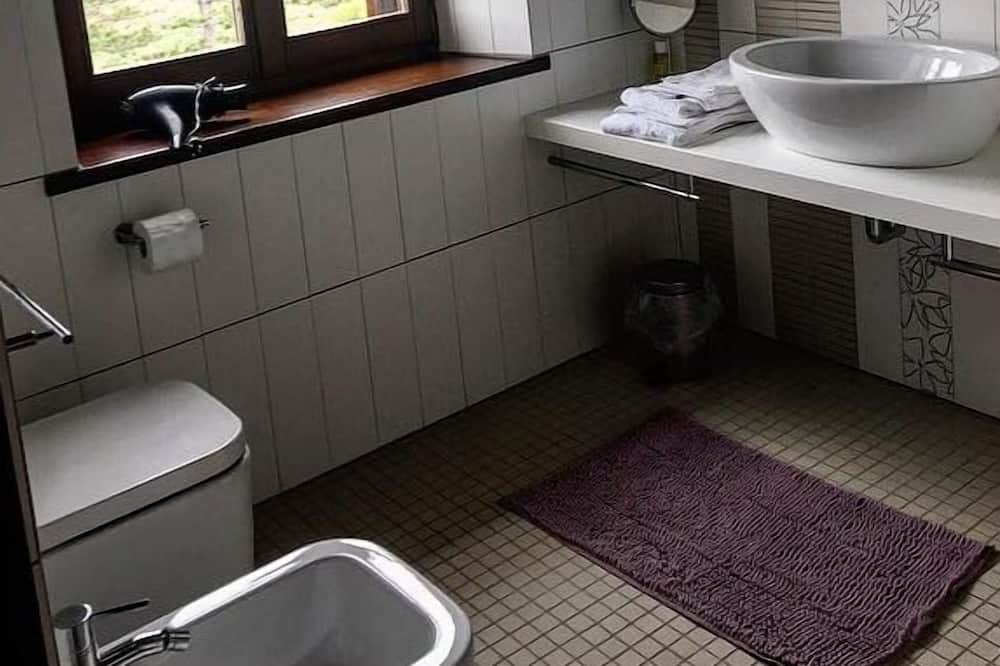 Quarto Duplo, Vista Colina - Casa de banho