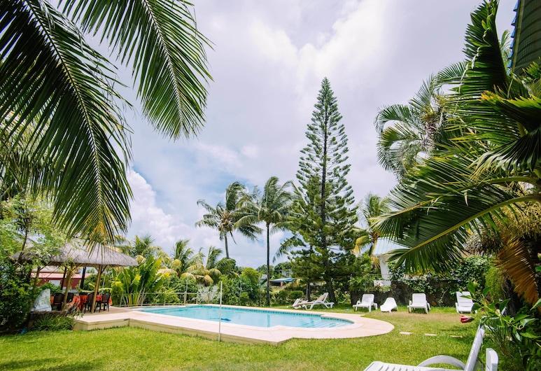 Villa Radani, טרו ד'או דוס, בריכה חיצונית