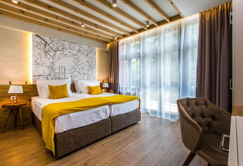 HillHouse Plovdiv, Plovdiv, Habitación doble Deluxe, Vista de la habitación