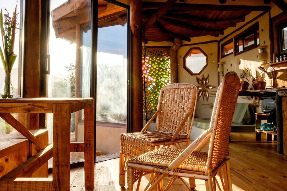 Casa Panorâmica, 2 Quartos, Terraço, Vista Montanha - Área de Estar