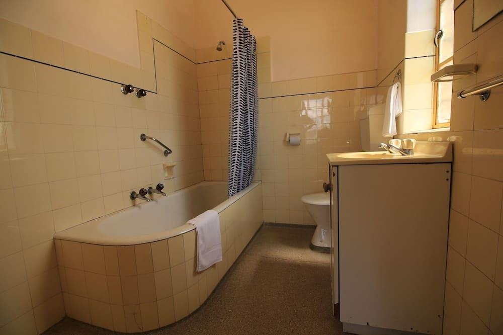 Budget Double - Bathroom