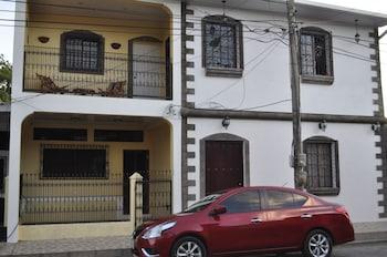Picture of Casa Blanca in Leon