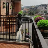 Classic Double Room, 1 Queen Bed, Balcony, City View - Street View