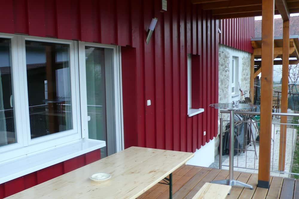Квартира «Комфорт», 1 спальня, для людей с ограниченными возможностями, гидромассажная ванна - Балкон