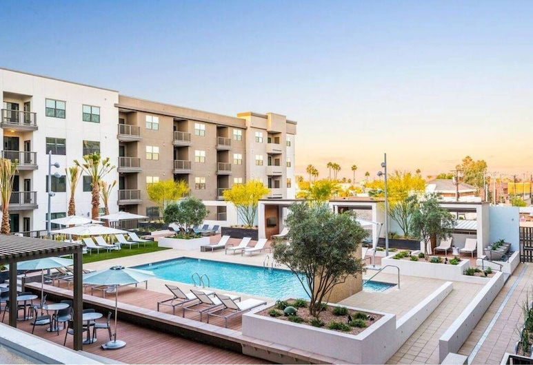 Luxe 1BR Condo in Downtown Area, Phoenix, Kolam