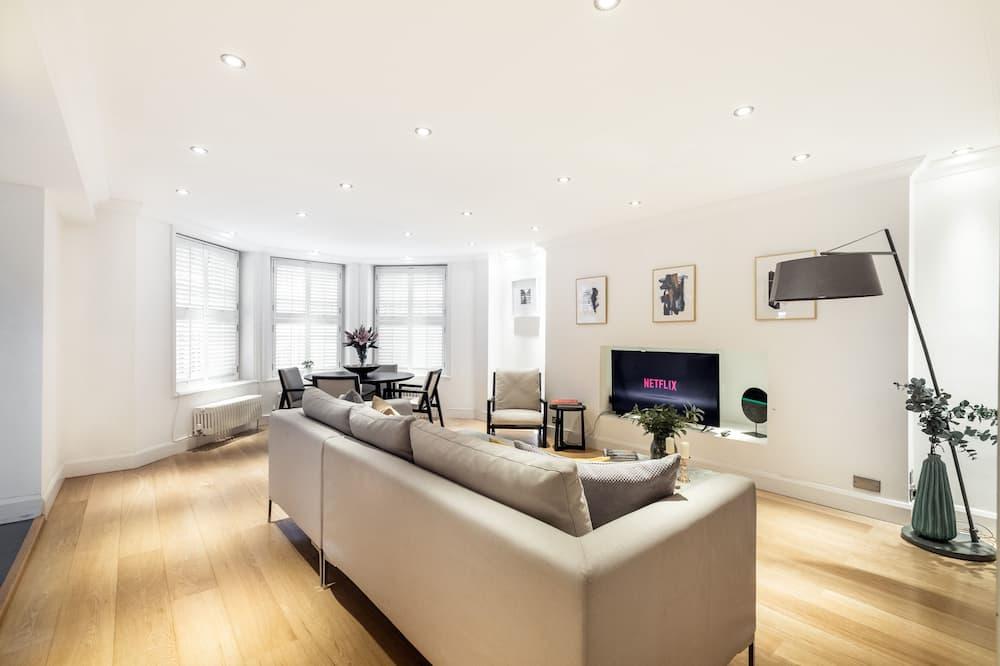 Luxury Apartment, 2 Bedrooms - In-Room Amenity
