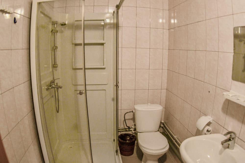 Basic ühiselamu (Bed in 8-beds dormitory) - Vannituba