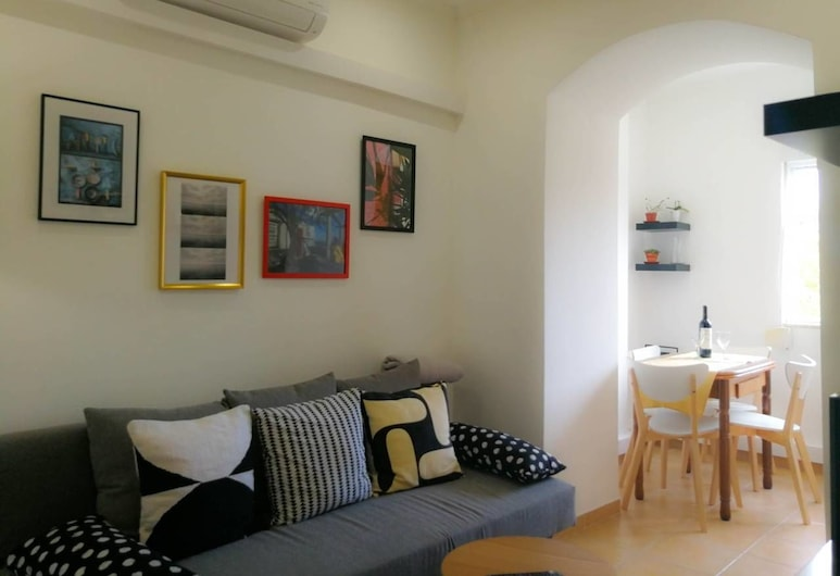 Comfort and Quiet - Renovated Flat, Lissabon