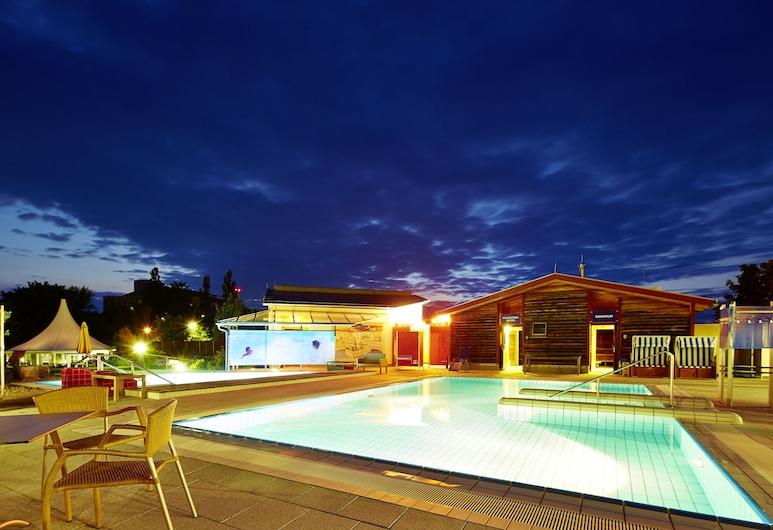 Vital Hotel an der Therme, Bad Windsheim, Alberca al aire libre