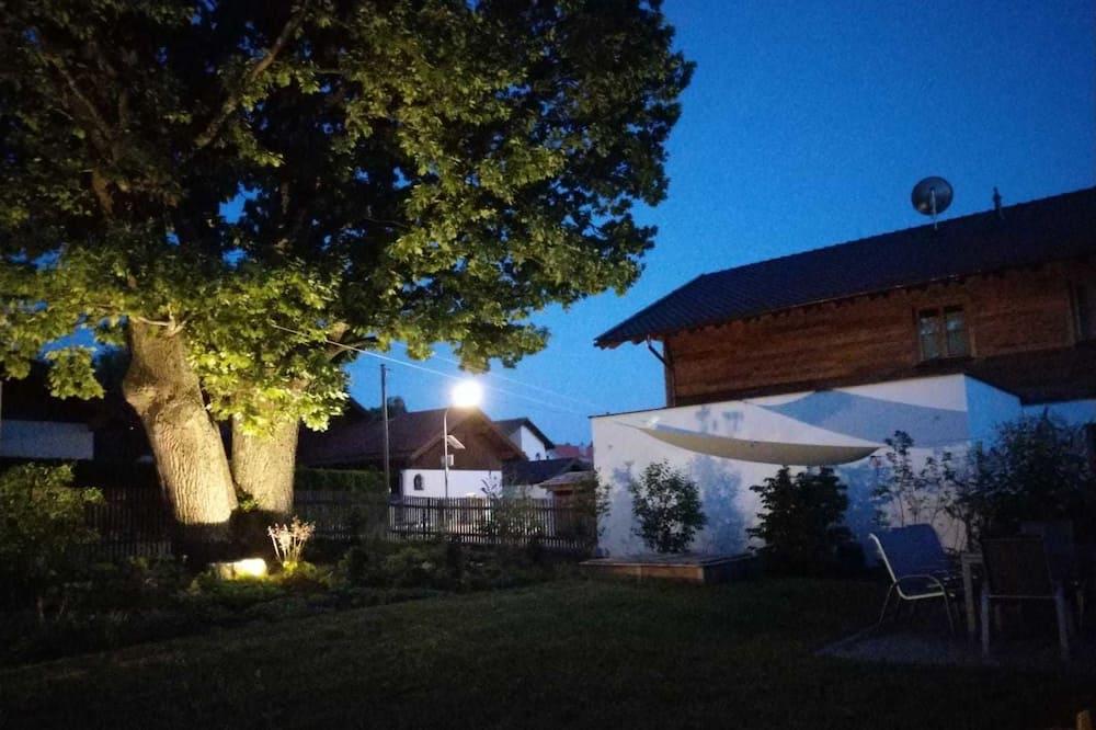 Apartamento Romântico - Vista para o Jardim