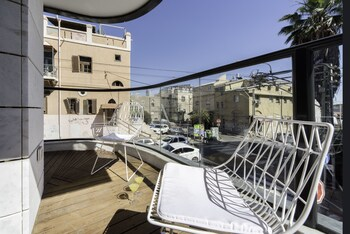 Picture of Sweet Inn Apartments-Zrubavel Street in Tel Aviv