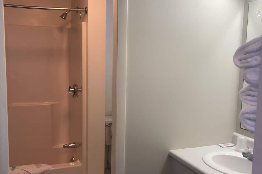 디럭스룸, 퀸사이즈침대 2개, 베이 전망 - 욕실
