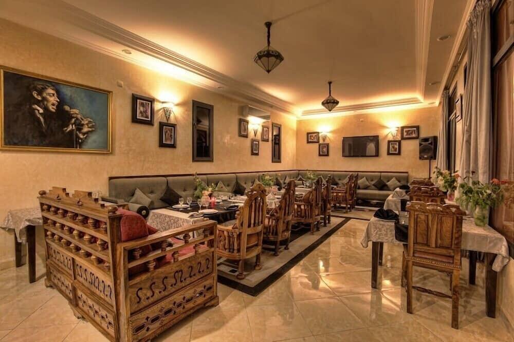 Grand Villa - Odada Yemek Servisi