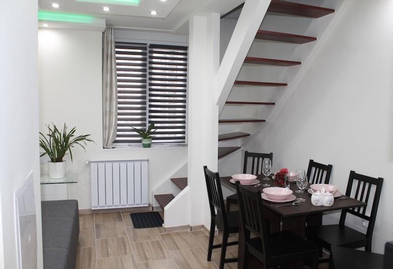 Westend Residence Budapest, Βουδαπέστη, Deluxe Διαμέρισμα, Περιοχή καθιστικού