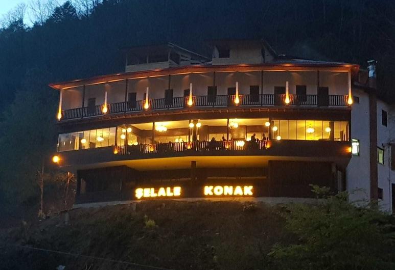 Selale Konak Cavusun Yeri, Cayeli, Hotel Front – Evening/Night