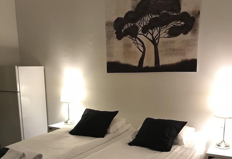 Kotimaailma Helsinki Pengerkatu 6, Helsinki, Apartment, Room