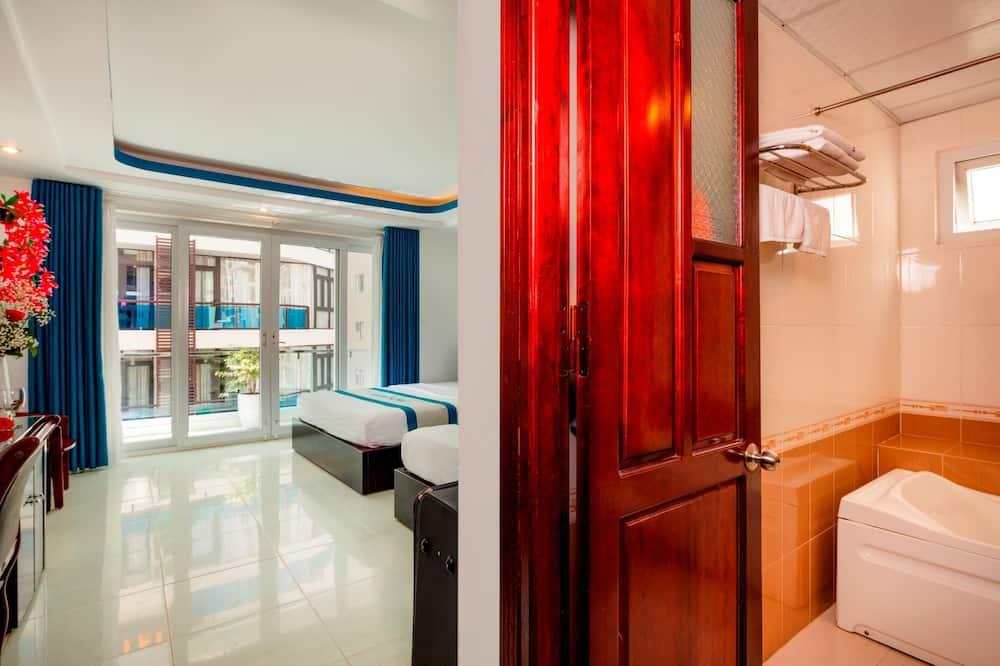 Deluxe-huone, Parveke, Kaupunkinäköala - Kaupunkinäkymä