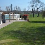 Будинок, суміжна ванна кімната, з видом на сад - Басейн