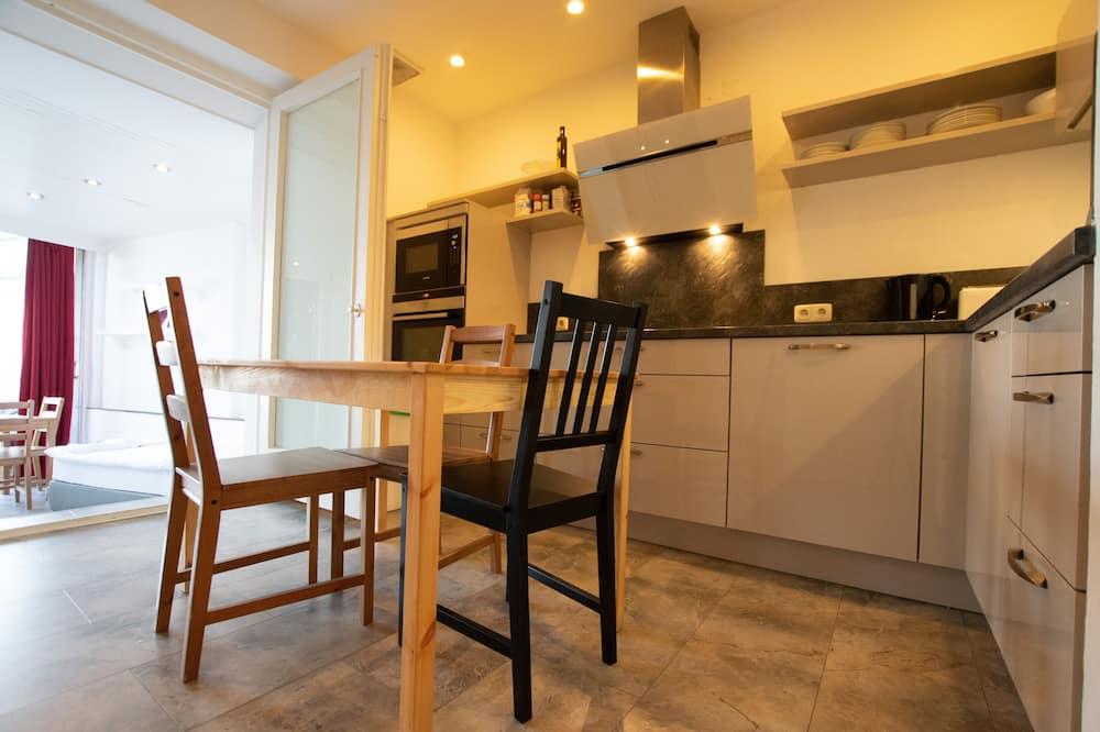 Verslo klasės apartamentai, 3 miegamieji, vaizdas į sodą (incl. Endreinigungsgebühr) - Vakarienės kambaryje