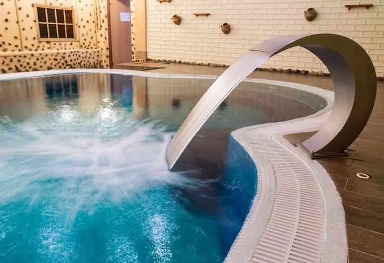 Bukovyna Hotel, Chernovtsy, สระว่ายน้ำ
