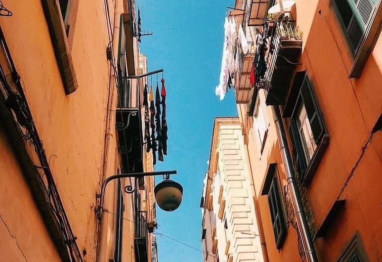 普里耶薩民宿, 那不勒斯