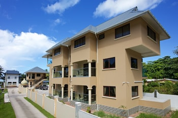 Picture of Stone Self Catering Apartments in Praslin Island